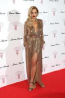 Rita Ora - Londra - 07-05-2014 - Rita Ora l'Atomica: anche ai Grammy, lo spacco è la sua firma!