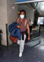 Donald Glover - Los Angeles - 29-01-2018 - Indovina chi è la star che si nasconde dietro a una mascherina