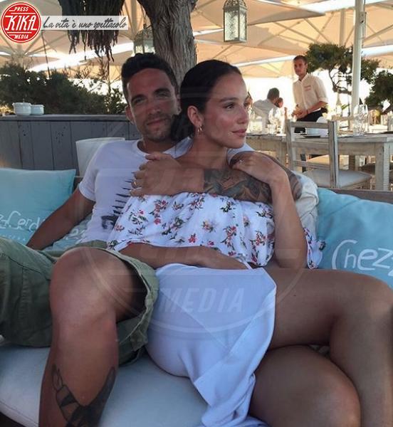 Matteo Gentili, Paola Di Benedetto - Milano - Isola dei Famosi: lo sfogo del fidanzato di Paola Di Benedetto