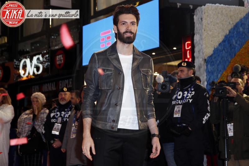 Giovanni Caccamo - Sanremo - 05-02-2018 - Festival di Sanremo: i concorrenti sfilano sul red carpet