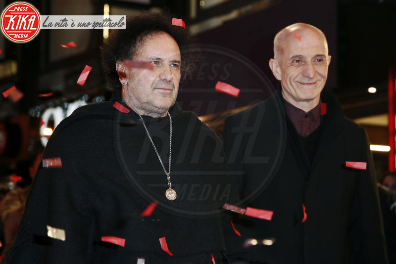 Enzo Avitabile, Peppe Servillo - Sanremo - 05-02-2018 - Festival di Sanremo: i concorrenti sfilano sul red carpet