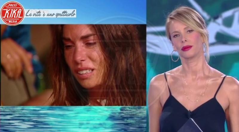 Bianca Atzei, Alessia Marcuzzi - Honduras - 06-02-2018 - Isola: trionfa Nino Formicola, battuta Bianca Atzei in finale