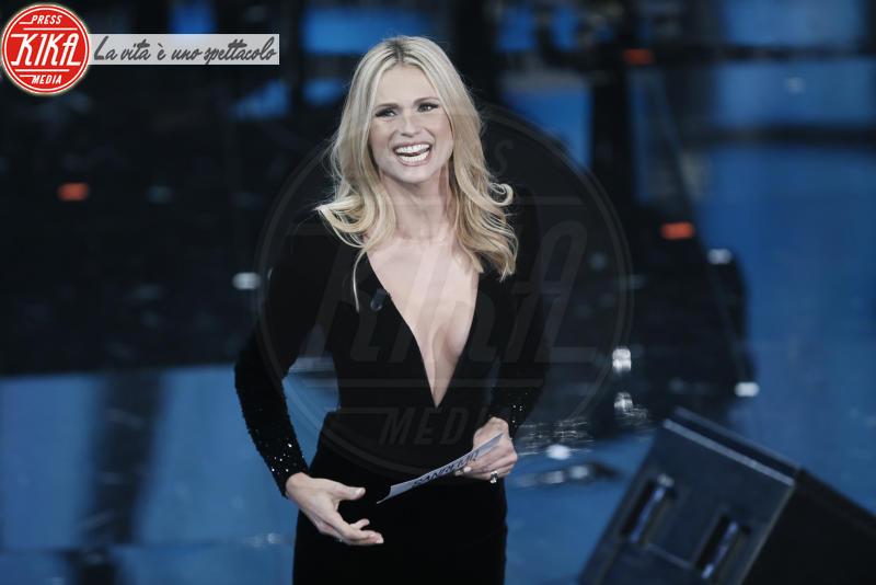 Michelle Hunziker - Sanremo - 06-02-2018 - David di Donatello: Cortellesi/Hunziker, chi lo indossa meglio?