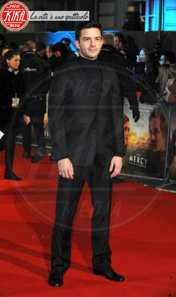 Jonathan Bailey - Londra - 06-02-2018 - Il Mistero di Donald C, Colin Firth con la sua Livia Giuggioli
