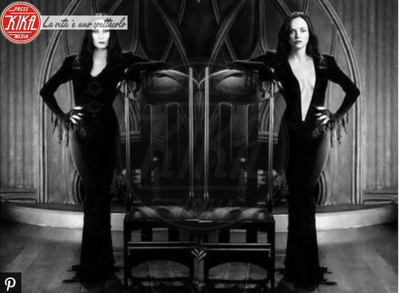 Anjelica Huston, Christina Ricci - 07-02-2018 - Sanremo: Hunziker/Christina Ricci, chi lo indossa meglio?