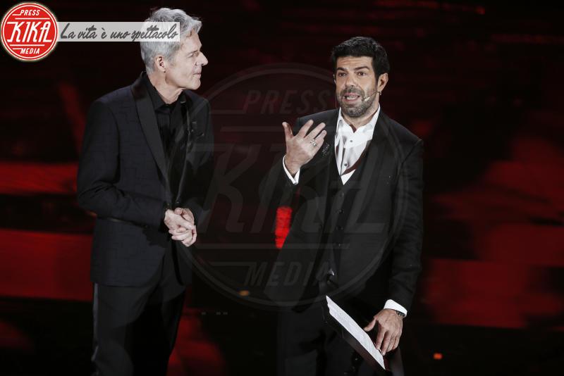 Pierfrancesco Favino, Claudio Baglioni - Sanremo - 07-02-2018 - Sanremo 2018, Michelle Hunziker splende in Alberta Ferretti