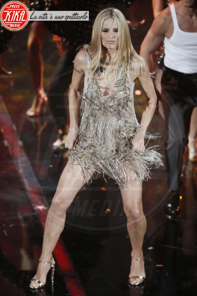Michelle Hunziker - Sanremo - 07-02-2018 - Sanremo 2018: per Michelle Hunziker il palco è una passerella