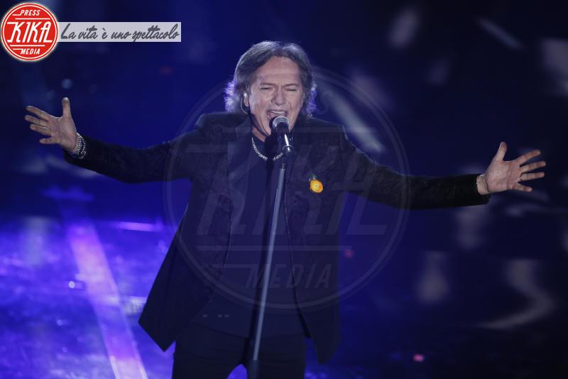 Red Canzian - Sanremo - 07-02-2018 - Sanremo 2018, Michelle Hunziker splende in Alberta Ferretti