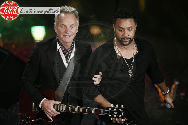 Shaggy, Sting - Sanremo - 07-02-2018 - Sanremo 2018, Michelle Hunziker splende in Alberta Ferretti