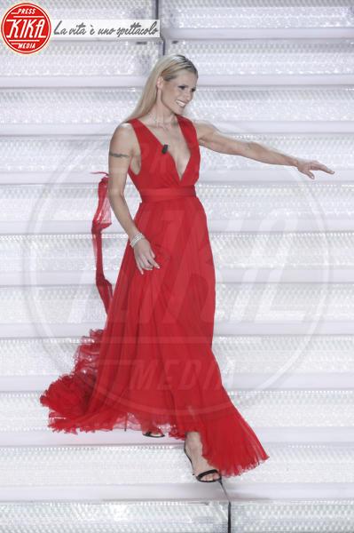 Michelle Hunziker - Sanremo - 07-02-2018 - Sanremo 2018, Michelle Hunziker splende in Alberta Ferretti