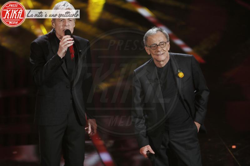 Roberto Vecchioni, Claudio Baglioni - Sanremo - 08-02-2018 - Sanremo 2018, Michelle Hunziker splende in Alberta Ferretti