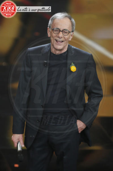 Roberto Vecchioni - Sanremo - 08-02-2018 - Sanremo 2018, Michelle Hunziker splende in Alberta Ferretti