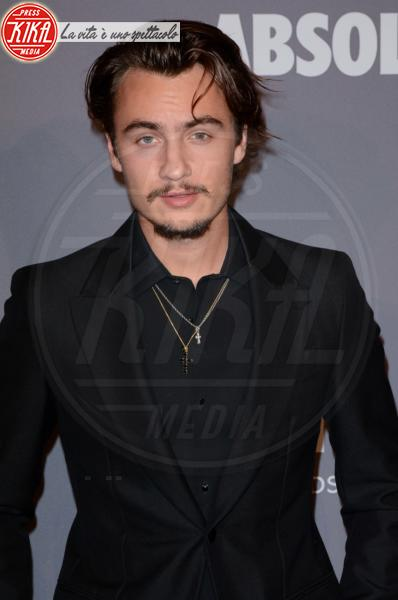 Brandon Thomas Lee - NYC - 08-02-2018 - Che audacia all'AmfAR Gala: a me gli occhi!
