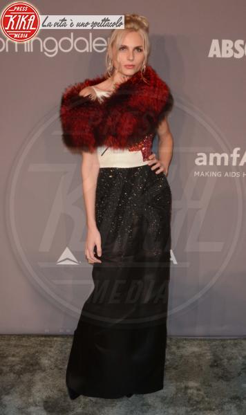 Andreja Pejic - NYC - 08-02-2018 - Che audacia all'AmfAR Gala: a me gli occhi!