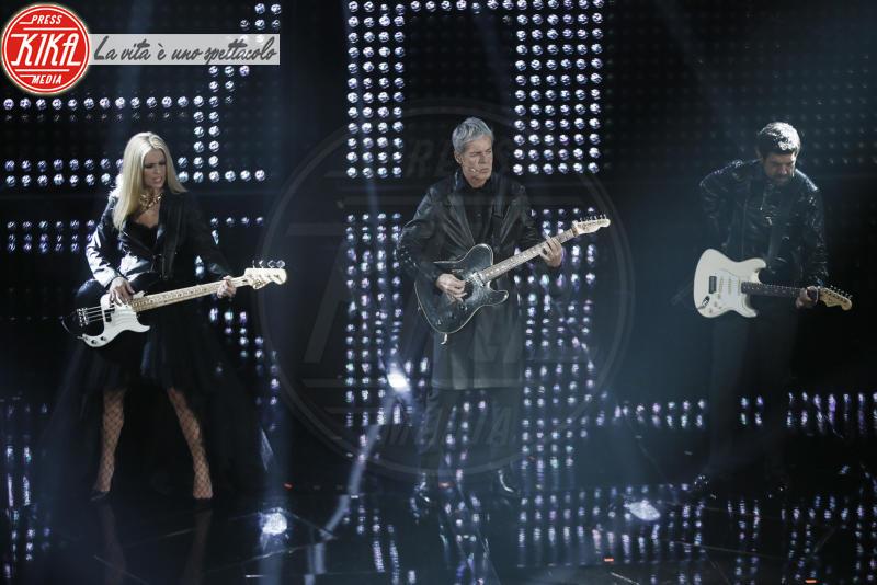 Pierfrancesco Favino, Michelle Hunziker, Claudio Baglioni - Sanremo - 09-02-2018 - Sanremo 2018, nuove proposte: vince Ultimo