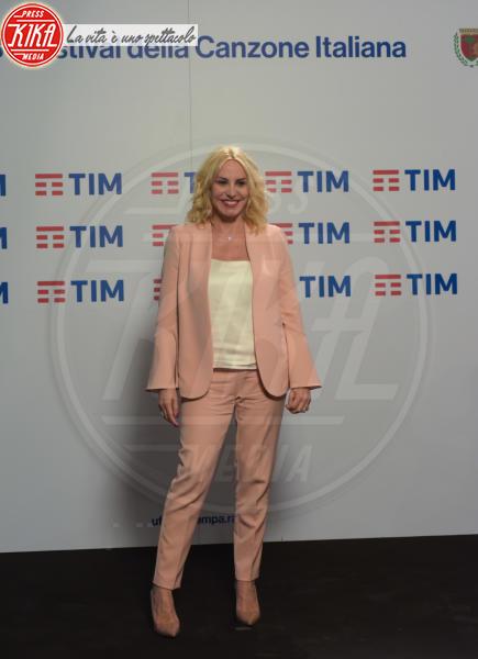 Sanremo - 10-02-2018 - Antonella Clerici porta all'Ariston, Sanremo Young