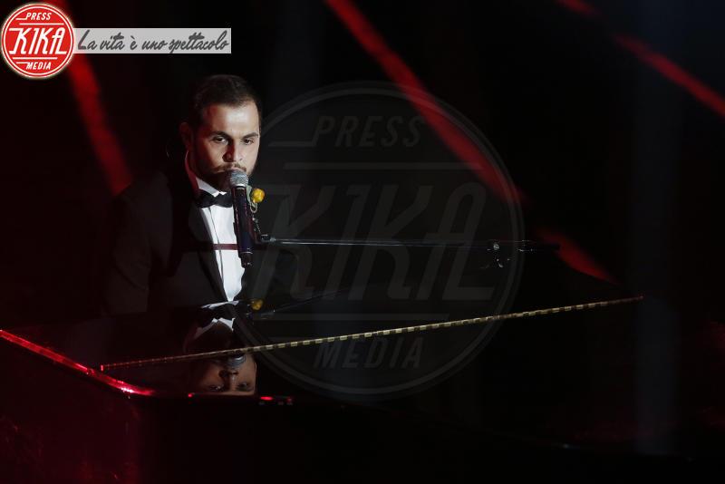 Renzo Rubino - Sanremo - 10-02-2018 - Sanremo, Pausini show e Favino commuove con monologo su migranti