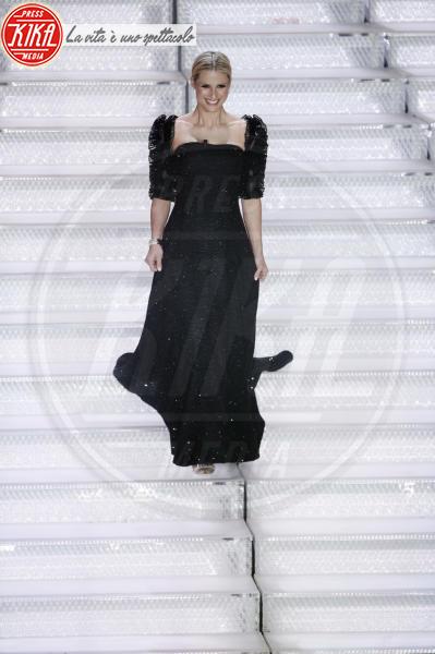 Michelle Hunziker - Sanremo - 11-02-2018 - Sanremo, Pausini show e Favino commuove con monologo su migranti