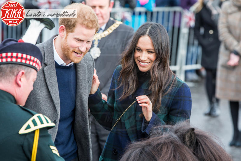 Meghan Markle, Principe Harry - Edimburgo - 13-02-2018 - Harry & Meghan: a Edimburgo li accoglie... un pony!