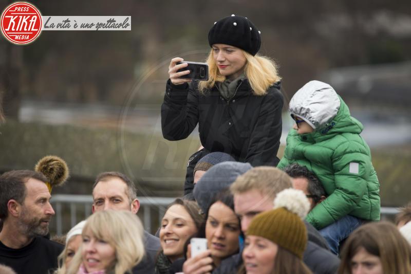 Atmosphere - Edimburgo - 13-02-2018 - Harry & Meghan: a Edimburgo li accoglie... un pony!