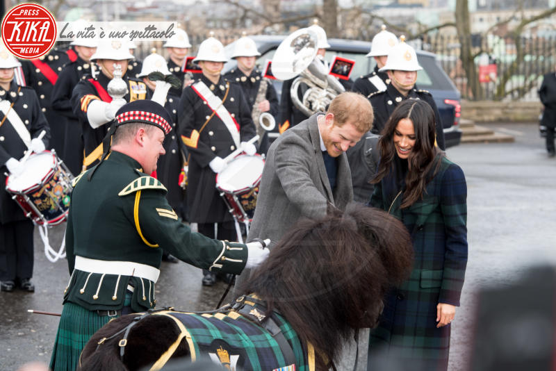 Prince Harry, Meghan Markle - Edimburgo - 13-02-2018 - Harry & Meghan: a Edimburgo li accoglie... un pony!