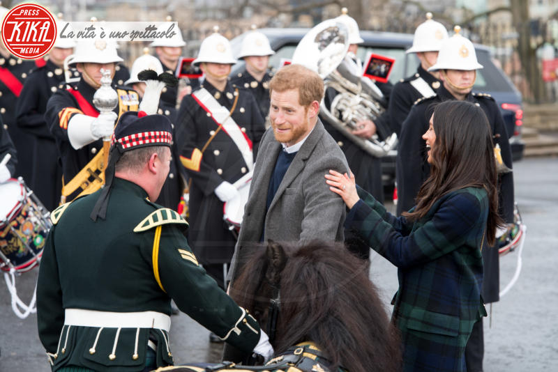 Prince Harry, Meghan Markle - Edimburgo - 13-02-2018 - Harry & Meghan: a Edimburgo li accoglie... un pony!