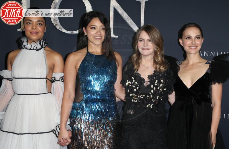 Tessa Thompson, Gina Rodriguez, Jennifer Jason Leigh, Natalie Portman - Westwood - 14-02-2018 - Natalie Portman è una dark lady alla prima di Annihilation