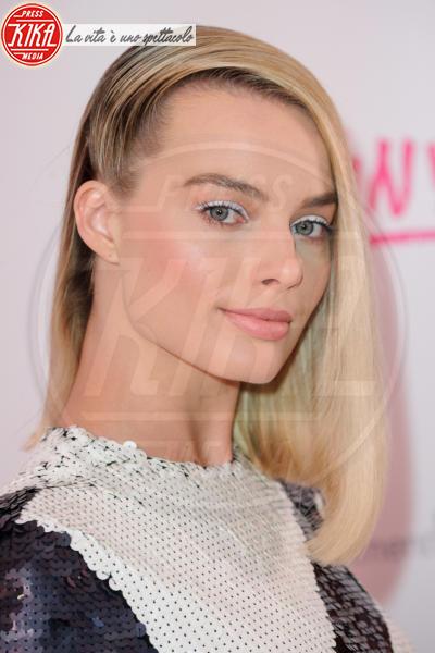 Margot Robbie - Londra - 15-02-2018 - I, Tonya: Margot Robbie è un trionfo... di paillettes!