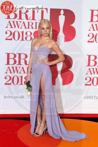 Pixie Lott - Londra - 21-02-2018 - Brits 2018: Dua Lipa e le altre, una rosa bianca per Time's Up