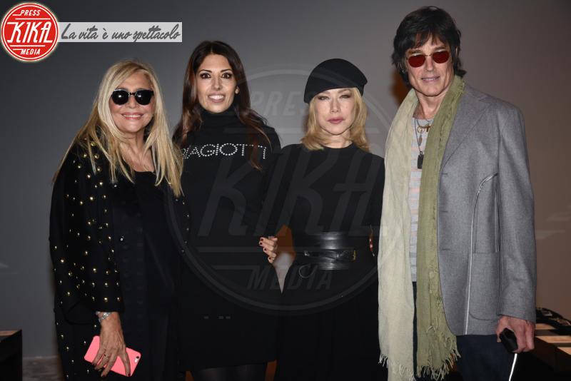 Lavinia Cigna, Mara Venier, Ronn Moss, Nancy Brilli - Milano - 25-02-2018 - Questo parterre di Laura Biagiotti è proprio Beautiful