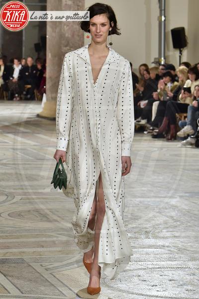 Sfilata Jacquemus - Parigi - 26-02-2018 - Paris Fashion Week: l'annuncio a sorpresa di Jacquemus