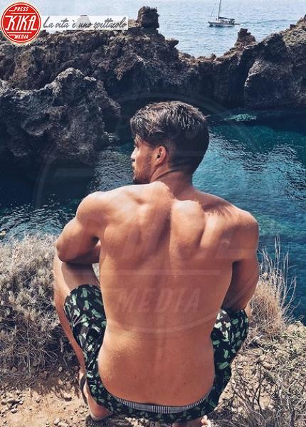 Italianissimo e bellissimo: il top influencer under 30 è lui
