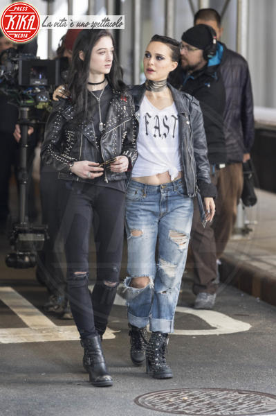 Natalie Portman - New York - 28-02-2018 - Il look punk dell'attrice premio Oscar sul set di Vox Lux