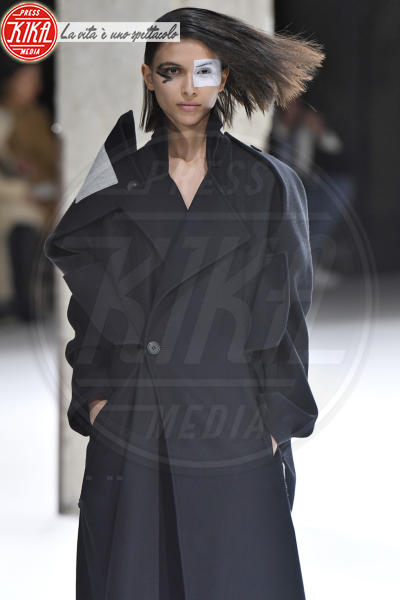 Sfilata Yohji Yamamoto - Parigi - 02-03-2018 - Paris Fashion Week: la sfilata di Yohji Yamamoto