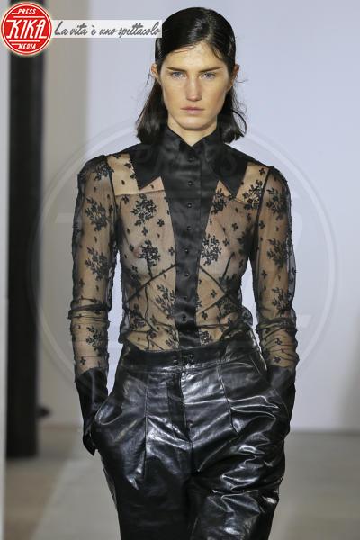 Sfilata Olivier Theyskens - Parigi - 02-03-2018 - Paris Fashion Week: la sfilata di Olivier Theyskens