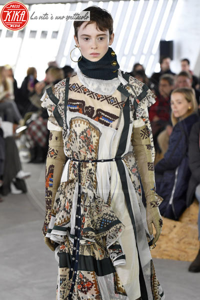 Sfilata Sacai - Parigi - 05-03-2018 - Paris Fashion Week: la sfilata di Sacai
