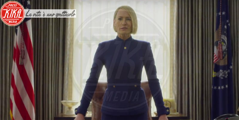 Robin Wright - Los Angeles - 05-03-2018 - House of Cards, il teaser dell'ultima stagione senza Spacey