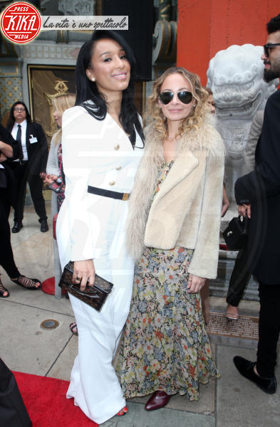 Lisa Parigi, Nicole Richie - Hollywood - 07-03-2018 - Lionel Richie affonda le mani nella leggenda