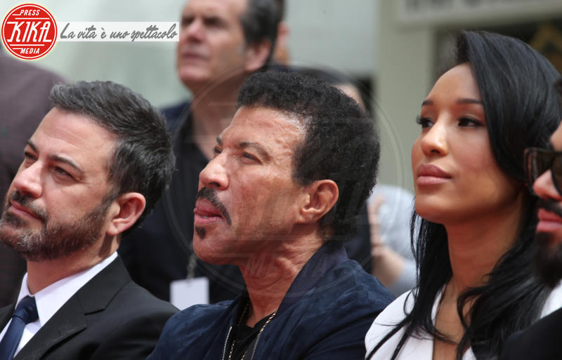 Lisa Parigi, Lionel Richie, Jimmy Kimmel - Hollywood - 07-03-2018 - Lionel Richie affonda le mani nella leggenda