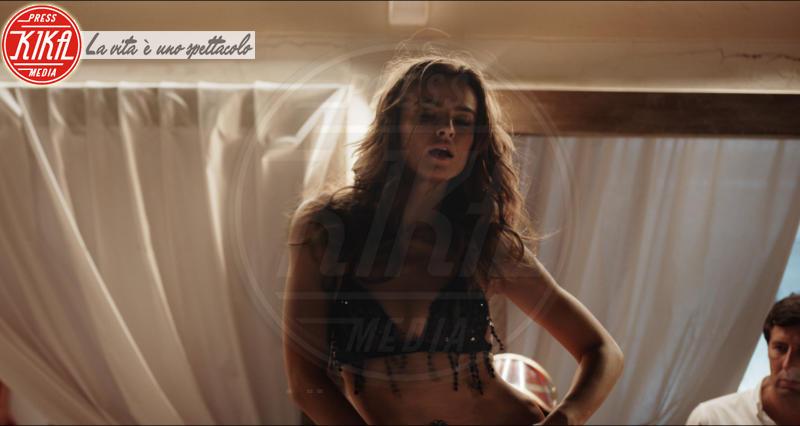 Kasia Smutniak - Milano - 12-03-2018 - Loro: Kasia Smutniak, così sexy non l'avete mai vista