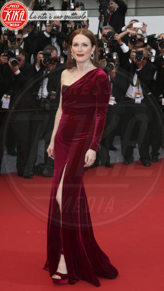 Julianne Moore - Cannes - 14-05-2015 - Addio a Hubert de Givenchy, lo stilista amato da Audrey Hepburn