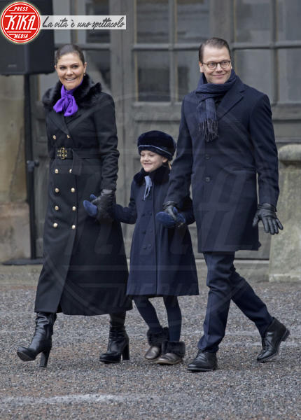 Principessa Estelle di Svezia, Principessa Victoria di Svezia, Principe Daniel di Svezia - Stoccolma - 12-03-2018 - Victoria ed Estelle di Svezia: l'outfit è sempre coordinato!