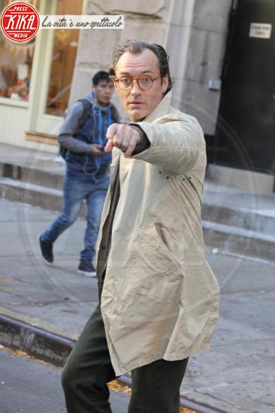 Jude Law - New York - 19-10-2017 - Jude Law nei panni di Albus Silente? Wow!