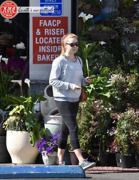Amy Adams - West Hollywood - 19-03-2018 - Star come noi, Amy Adams, niente trucco per fare la spesa