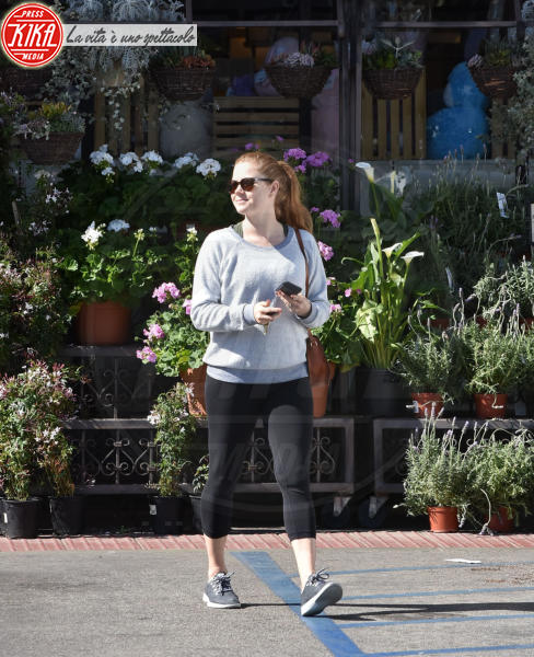 Amy Adams - West Hollywood - 19-03-2018 - Star come noi, Amy Adams, niente trucco per fare la spesa