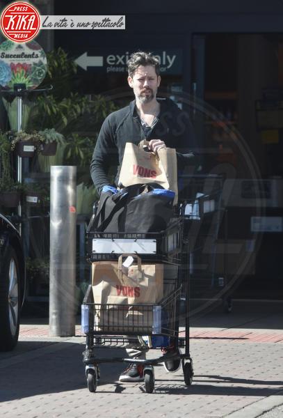 Darren Le Gallo - West Hollywood - 19-03-2018 - Star come noi, Amy Adams, niente trucco per fare la spesa