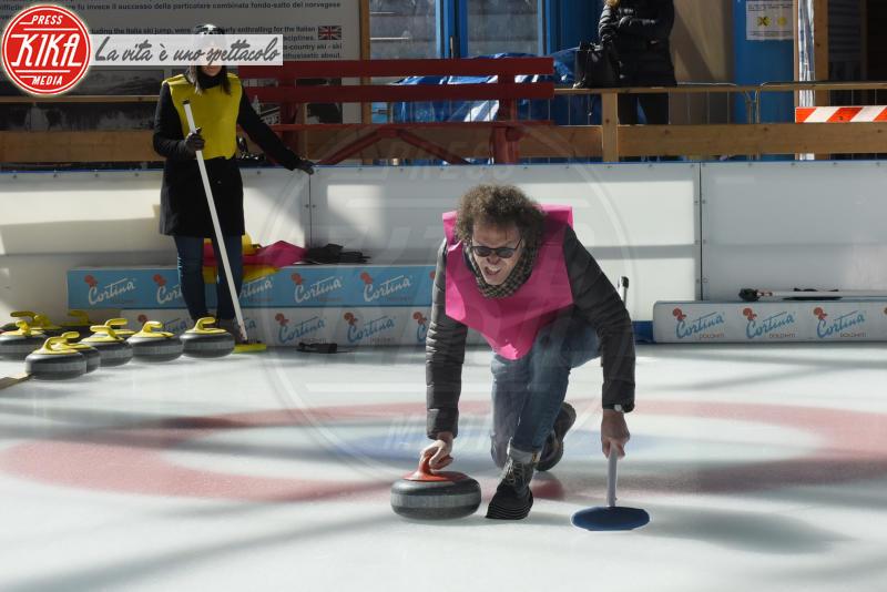 Cortina - 23-03-2018 - Lezioni di curling per gli attori di Cortinametraggio