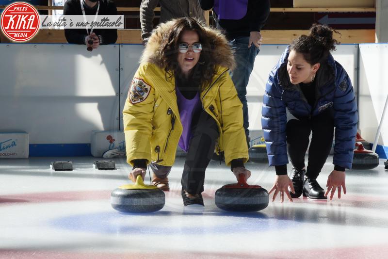 Irene Ferri - Cortina - 23-03-2018 - Lezioni di curling per gli attori di Cortinametraggio