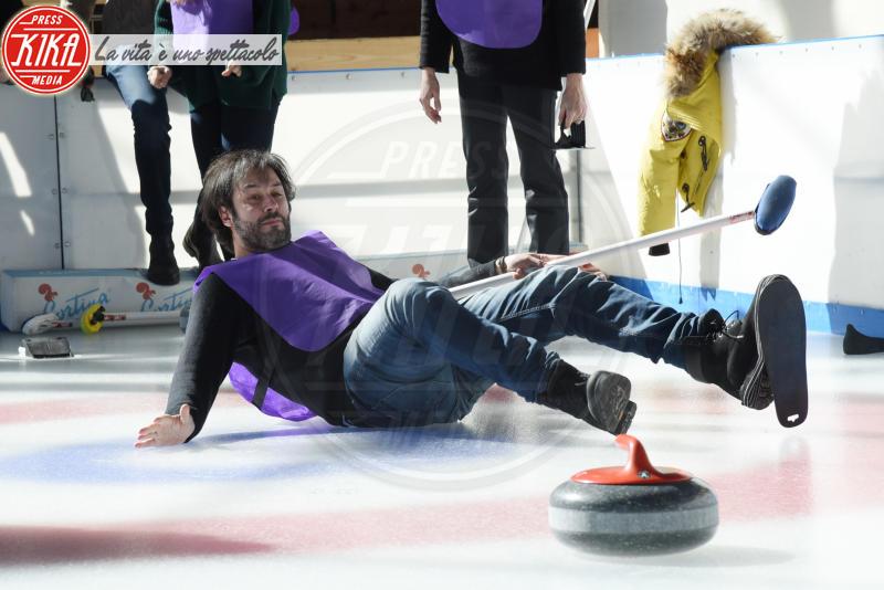 Matteo Branciamore - Cortina - 23-03-2018 - Lezioni di curling per gli attori di Cortinametraggio