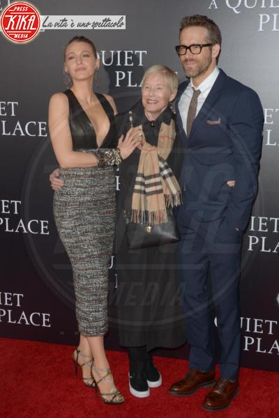 Tammy Reynolds, Blake Lively, Ryan Reynolds - New York - 03-04-2018 - Tutti zitti! Emily Blunt e John Krasinski nel loro Quiet Place
